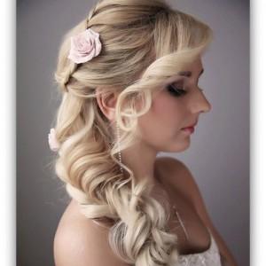 fryzury-ślubne-z-grzywką-13