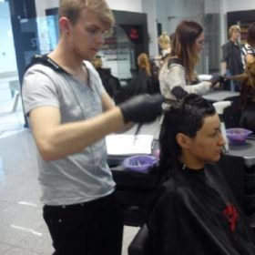 Szkolenia pracowników salonu she and he