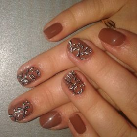 Manicure realizacja She He Żenia