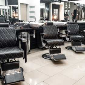 barber-kielce-she-he-3